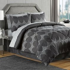 Danbury Comforter Set in Black/Grey - BedBathandBeyond.com