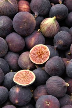CALCIUM Source: Figs: Jammed with Fiber, Calcium.and Jam-Like FlavorThey're also a good source of calcium and potassium. Homegrown from Abby's House! Good Sources Of Calcium, Sources Of Dietary Fiber, Good Healthy Recipes, Get Healthy, Amazing Recipes, Fruit Plants, Base Foods, Shades Of Purple, Health Foods