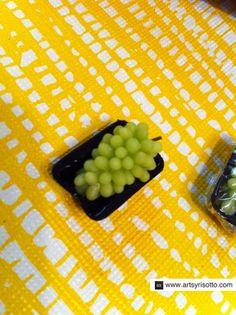 How to Make Miniature Grape Clusters
