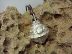 #yleniaparasiliti #design #angelcaller #chiamaangeli #pendant #pendente #silver #argento #eyeofthetiger #occhioditigre #Messina #jewelry #gioielli #handmade