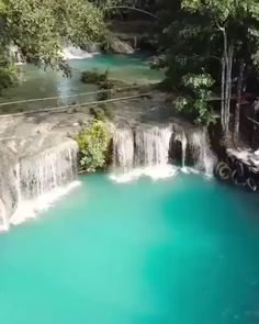 Rope swinging in paradise 🌴💦 Cambugahay Falls, Philippines Voyage Philippines, Les Philippines, Philippines Travel, Beautiful Places To Travel, Wonderful Places, Romantic Travel, Vacation Places, Vacation Trips, Beach Trip