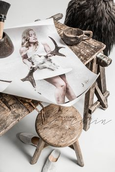 love the close up and crisp light Boho Inspiration, Raw Wood, At Home Store, Wood Sculpture, Rustic Interiors, Beautiful Interiors, Brown And Grey, Interior Styling, Decoration