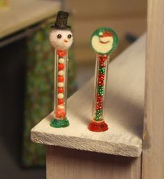 Kendra's Minis: TUTORIAL -Candy Tubes, Candy Cards, Stockings Z