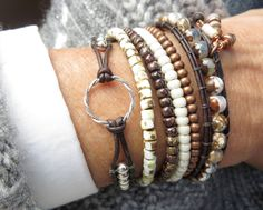 Bracelet Karma, Gypsy Bracelet, Bracelet Set, Bracelet Making, Bracelets Wrap En Cuir, Beaded Wrap Bracelets, Beaded Leather Wraps, Leather Cord, Beads