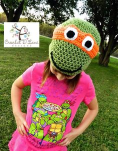 Teenage Mutant Turtle Crochet Hat  http://crochetdlane.blogspot.com/2014/10/teenage-mutant-ninja-turtle-hat.html
