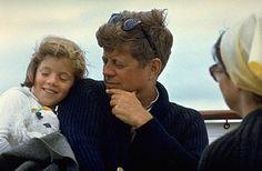 "President Kennedy, Jackie and daughter Caroline aboard the ""Honey Fitz"" off Hyannis Port, Massachusetts. Les Kennedy, Caroline Kennedy, Robert Kennedy, Sweet Caroline, Familia Kennedy, Dallas, Jfk Jr, I Still Love Him, Mona Lisa"