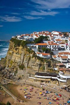 Azenhas do Mar, Lisbon, Portugal. One of my favorite villages in Portugal ❤️