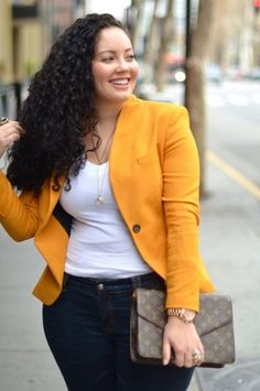 Fall layers can work for any body shape. For a curvy figure, consider a simple to layered by a neatly tailored jacket. Don't be afraid of mixing patterns or bold colors! Worn with a dark wash jean, creates a slimming effect n the hips
