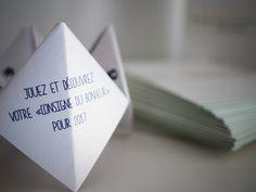 Vœux 2017 Atelier vauban Nîmes - carte de voeux - Impression - Papier irisé et cartes contrecollées.