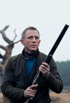 Craig Bond, Daniel Craig James Bond, Style James Bond, Best Bond, Art Of Manliness, True Detective, Best Mens Fashion, Male Poses, Mans World