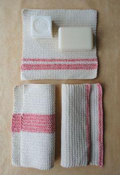 Crocheted Washcloths:  free pattern