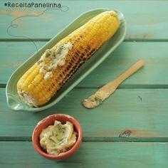 #ReceitaPanelinha: milho cozido na pressão, assado na grelha... E com uma manteiga caseira temperada? De qualquer forma, milho deixa todo mundo feliz! Em destaque no www.panelinha.com.br