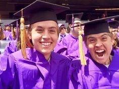 'Suite Life of Zack and Cody' stars Dylan and Cole Sprouse graduate from NYU Cole M Sprouse, Dylan Sprouse, Cole Sprouse Friends, Sprouse Bros, Lili Reinhart, Zack Et Cody, Dylan Y Cole, Cody Martin, Girlfriend Videos