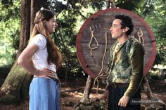 Ella Enchanted - Publicity still of Anne Hathaway & Aidan McArdle. The image measures 2500 * 1666 pixels and was added on 9 February Iconic Movies, Great Movies, Ella Enchanted Movie, Movies Showing, Movies And Tv Shows, Cary Elwes, Minnie Driver, Joanna Lumley, Childhood Movies