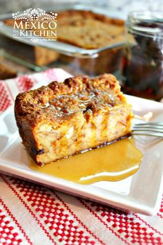 """Mexican bread pudding, known as """"Budín de Pan"""", is popularly sold at bakeries, usually made from the sweet breads that were not sold the day before. Some bakers prepare their bread pudding with… Authentic Mexican Recipes, Mexican Food Recipes, Vegetarian Mexican, Vegetarian Recipes, Recipes Dinner, Pan Dulce, Köstliche Desserts, Delicious Desserts, Yummy Food"""