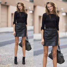 #streetstyle #streetfashion #moda #modaderua #estilo #style #fashion #look #looks #roupas #inspiration #inspiração #preto #black #totalblack #blackout
