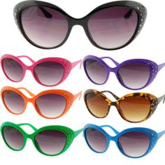 Women's Cat Eye Sunglasses Retro Color Fashion Frames with Rhinestones