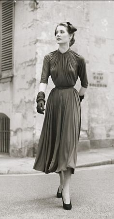 Madame Grès Silk Jersey Dress and hat by Svend, photo by Jean Moral, Paris, 1954
