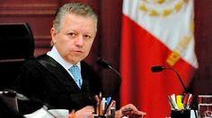 Angela Campos (Arturo Zaldívar Lelo de Larrea, Ministro de la Suprema Corte de Justicia.)