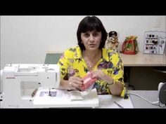 porta lenços de papel - Vídeo-aula Profa. Marilia Marino - YouTube Patches, Quilts, Sewing, Camera Phone, Movie, Diy Crafts Home, How To Make Crafts, Arts And Crafts, Scrappy Quilts
