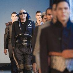 Hand Sewn - David Roil / fashion anti fashion**
