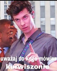 """isntinmyblood: """"""""Shawn messing with the band during break - Today Show - (Please do not repost! Shawn Mendes Memes, Reaction Pictures, Funny Pictures, Secret Game, Polish Memes, Canadian Boys, Mendes Army, Shawn Mendez, Mood Pics"""