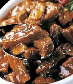 Slow Cooker Beef Tips - LOVE this recipe! I grew up eating a stove-top version of beef tips, so when I found this recipe a few years ago I was thrilled. It's MUCH easier and I think tastes even better. Beef Tip Recipes, Cooker Recipes, Crockpot Recipes, Copycat Recipes, Ww Recipes, Light Recipes, Casserole Recipes, Beef Tips And Gravy, Cooking Tips
