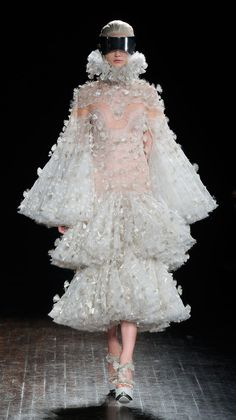 Alexander McQueen Autumn/Winter 2012 Runway #PurelyInspiration