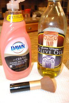 66 Ideas diy makeup brush cleaner recipes make up Eye Makeup, Makeup Tips, Makeup Ideas, Kat Von D, Diy Cleaning Products, Cleaning Hacks, Brush Cleaning, Cleaning Brushes, Beauty Make Up