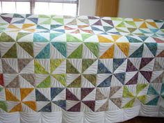 A Pinwheel quilt for Linda