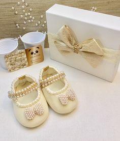 Girls Glitter Shoes, Baby Shoes, Fashion, Shoes, Moda, Fashion Styles, Fasion, Fashion Illustrations, La Mode