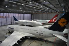 Dreamlifter and A380s from QF and LH in FRA's A380 hangar