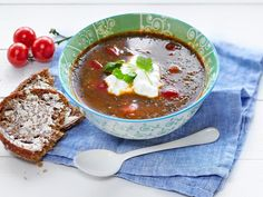 Vihreä linssikeitto Chili, Salsa, Healthy Eating, Mexican, Vegetarian, Ethnic Recipes, Soups, Ideas, Eating Healthy