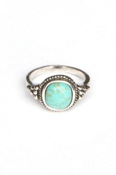 OMG I love this ring by Brandy Melville and its only 6.00$!! AHHHH so gonna get! #food