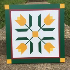 42 ideas for flowers painting pattern quilts Barn Quilt Designs, Barn Quilt Patterns, Quilting Designs, Painted Barn Quilts, Barn Signs, Barn Wood Projects, Barn Art, Flower Quilts, Quilting For Beginners