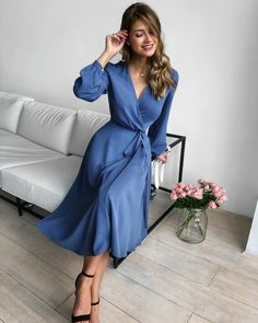 Classy Outfits For Women Casual Fashion Ideas Chic Elegant Dresses Classy, Elegant Dresses For Women, Classy Dress, Pretty Dresses, Classy Casual, Beautiful Dresses, Classy Outfits For Women, Simple Elegant Dresses, Elegant Clothing