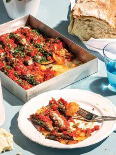 Σαρδέλες πλακί με πατάτες #σαρδέλες Seafood Recipes, Vegetable Pizza, Diet, Meals, Sea Food, Vegetables, Photos, Pictures, Meal