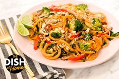 Butternut Squash Noodle, Squash Noodles, Clean Recipes, Healthy Recipes, Clean Foods, Free Recipes, Homemade Chinese Food, Broccoli Pesto, Healthy Pastas