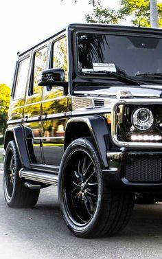 Mercedes Suv, Carros Mercedes Benz, Mercedes G Wagon, Mercedes Benz G Class, Auto Gif, Benz Suv, Super Pictures, Automobile, Mercedez Benz