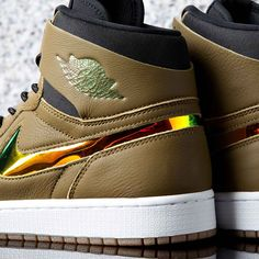 Pay homage to the Jumpman brand with the Air Jordan 1 Retro High Nouveau  Trainer. 60dbfb6c7
