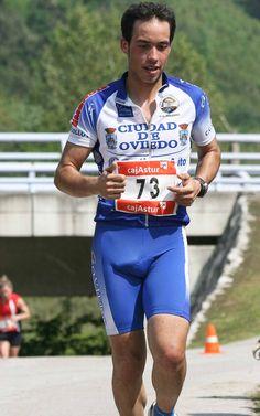 dick world Lycra Men, Latin Men, Hunks Men, Cool Hairstyles For Men, Men In Uniform, Athletic Men, Sport Man, Cycling Outfit, Slip