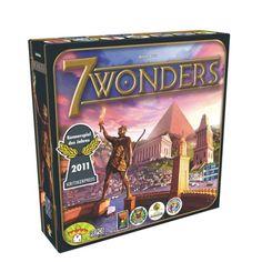 7 wonders est un jeu de carte évolutif. Les joueurs participent à la construction des 7 merveilles du monde. Pour remporter la partie, ils doivent exploiter les ressources naturelles de leurs terres, développer leurs relations commerciales, sans oublier d'affirmer leur suprématie militaire. Un jeu de stratégie rapide et animé.
