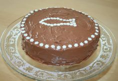 Schokoladentorte http://www.family-cookies.de/2014/06/schokoladentorte-immer-gerne-genommen-einfach-lecker/