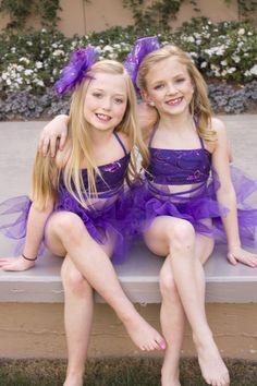 Little Girls Playing Dress Up   3dc77d326641e006d3316d8e32f0e4ee.jpg