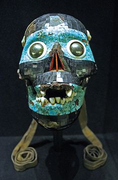 aztec The skull of the Smoking Mirror. A human skull forms the base for this mask of the god Tezcatlipoca or 'Smoking Mirror', one of the four creator gods in the Aztec pantheon. The Aztec beli Ancient Aztecs, Ancient Civilizations, Aztec Mask, Aztec Empire, Aztec Culture, Aztec Warrior, Inka, Masks Art, Mexican Art