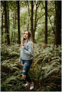 Nothing better than a forest shoot in Portland. Basically just in a fern fan club at this point. Fall Pics, Fall Pictures, Senior Year Pictures, Senior Photos, Senior Portraits Girl, Forest Pictures, Badass Women, Portrait Inspiration, Photoshoot Ideas