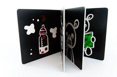 stimulační obrázky pro miminka, karty pro miminka, kontrastní obrázky pro novorozence, cernobile vizualni karticky, Kontrastní kniha pro novorozence, Černobílá stimulační kniha, #blackandwhite #blackwhitetoy #babycards #contrastcards #kontrastnikarticky #stimulationcards #stimulacnikarty #visualstimulation #newborngift #newborn #babycards #babylove #montessoribaby #newbabygift #monochromatic #babystimulation #Bloomsbury