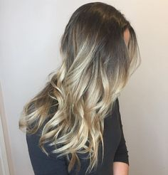 Hair by @ashdoeshairpgh #bespokebeautybar #wexford #haircolor #pittsburgh #balayage #cranberry #haircut #mars #hairsalon #gibsonia #hair #sewickley #salon #pittsburghbalayage #wexfordbalayage #pittsburghhaircolor #wexfordhaircolor #wexfordhairsalon #hairbrained #behindthechair #modernsalon #letmedoyourhair #hairstylist #pittsburghhairstylist #pittsburghhair #pittsburghhairdresser #balayageombre #highlights #babylights #licensedtocreate