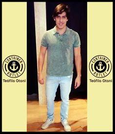 Blusa da foto só 79,99 Calça jeans 149,99 !! Vem aproveitar, vem! #vemprocontainer #containeroutlet