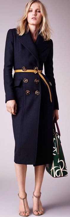 Burberry Prorsum Resort 2015 #blue #coat